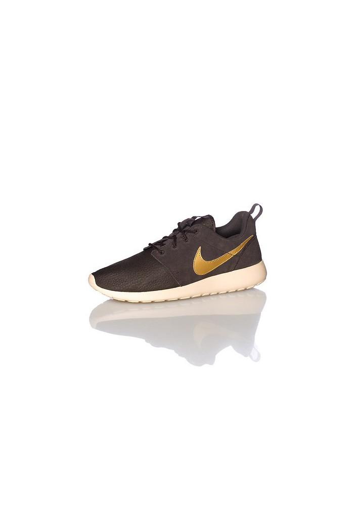 info for 30fc7 e762e Chaussures Hommes Nike Rosherun Suede (Ref  685280-273) Running